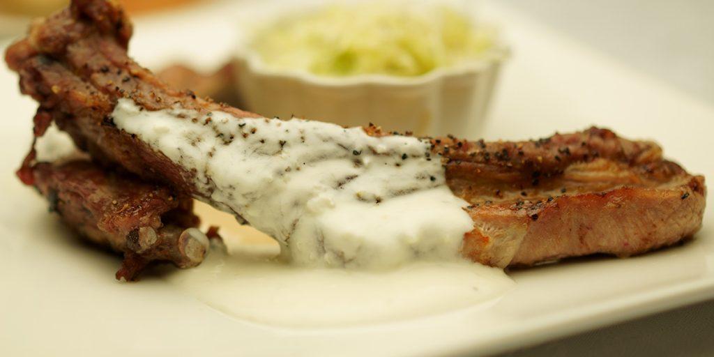 下呂温泉のレストラン イチ押しスペアリブランチ