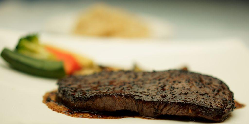 下呂温泉のレストラン 飛騨牛のステーキコース